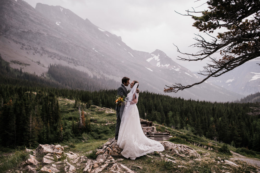 christina + david's post-wedding adventure portrait session in glacier national park | montana wedding + elopement photographer | the hearnes adventure photography