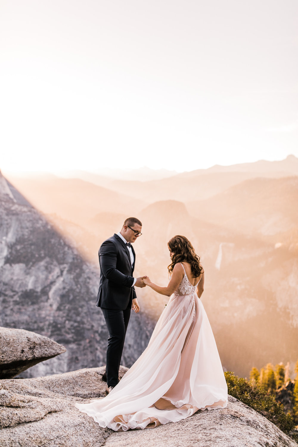 Taft-Point-Glacier-Yosemite-National-Park-Adventure-Elopement-Photographer-Wedding-Photography-6.jpg