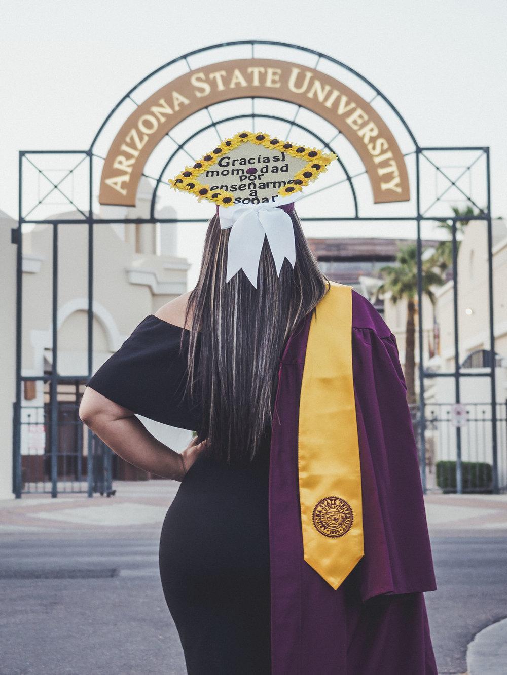 05-02-2018 Yesenia Arellano Graduation Pictures_2212.jpg