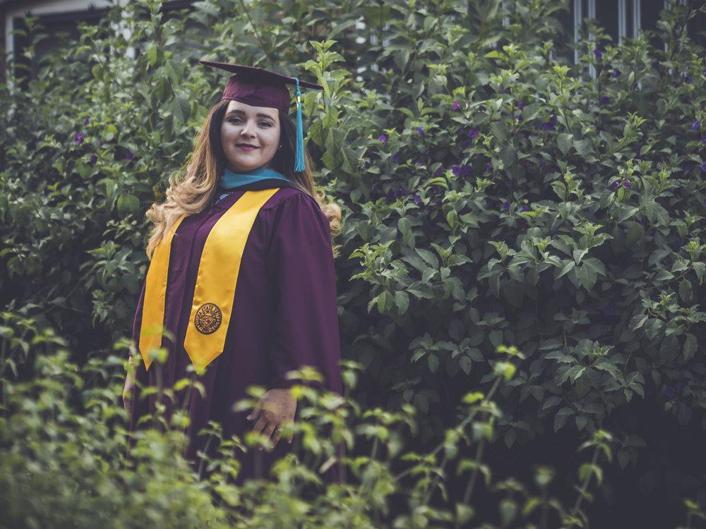 Tanairi Graduation Portraits_2066.jpg