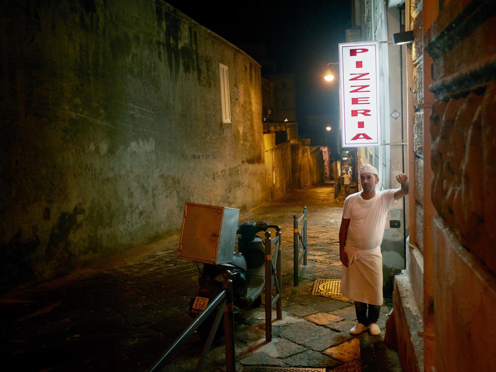 Pizzeria, Naples
