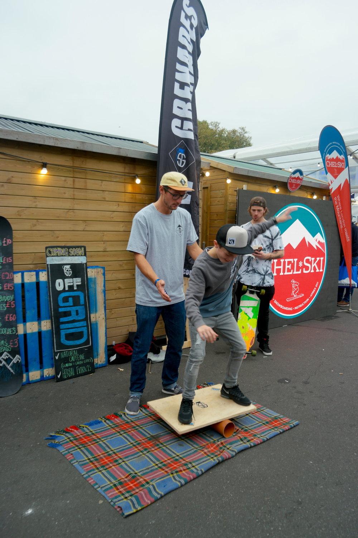 London; Telegraph Ski & Snowboard Show @ Battersea Park. SG Brand Ambassador; Ben, getting the kids involved in Matt T's home-made vewdo board yeww!!