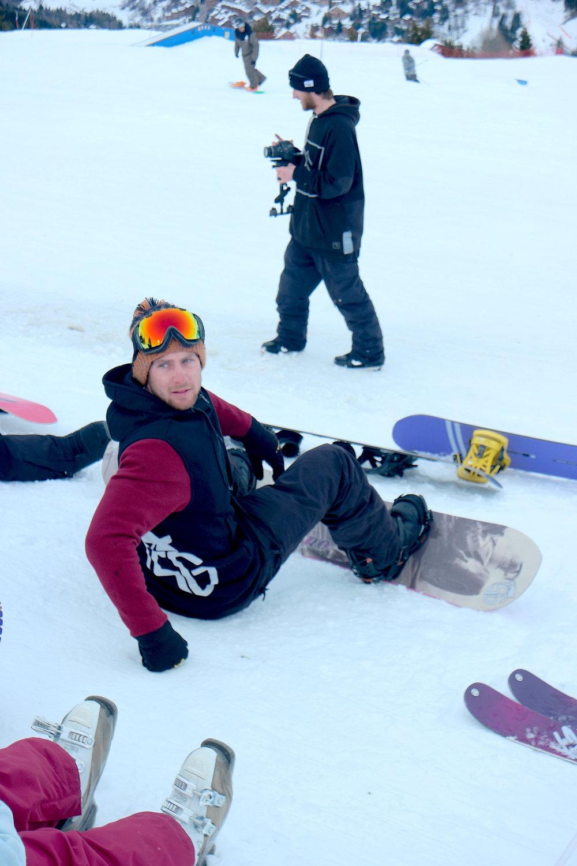 SG RIDER DARRYL HINDS;Reppin a Maroon & Black RIDE-ALONG HOODIE #meribel #elementspark #snow