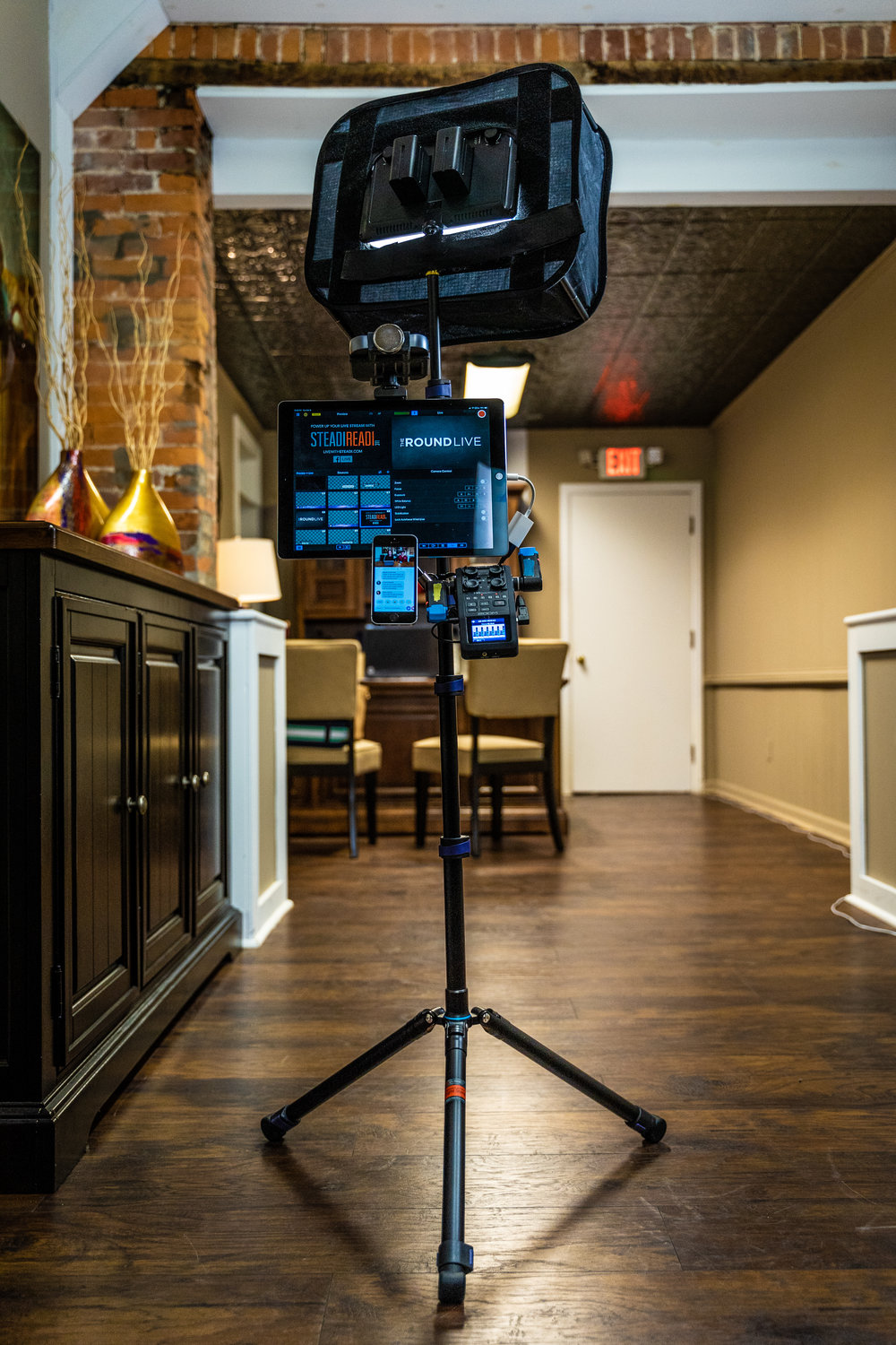 Command Center 5.0 - The best (yet) of all worlds. Let's break it down:Speed - The most efficient setup, with minimal equipment, yielding maximum results.Size - Entire setup, everything fits into a single medium size camera bag, including stands.Cost - Just because it's the best yet, doesn't mean it's expensive. Even if it was, it'd totally be worth it.
