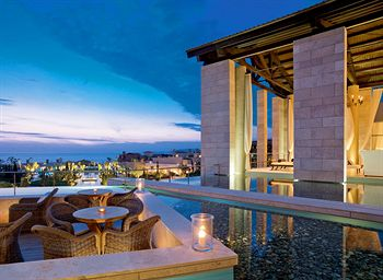 romanos_a_luxury_collection_hotel_costa_navarino_exterior_pylos_greece.jpg
