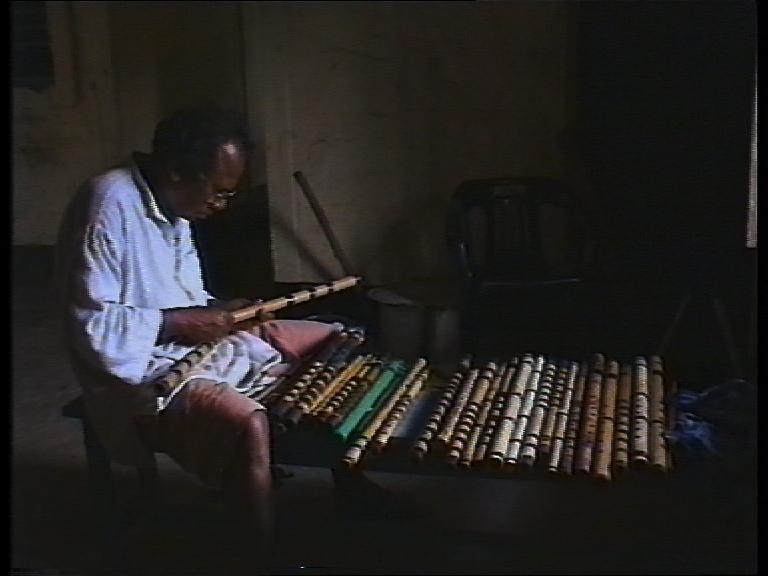 india-pal-flute-maker.jpg