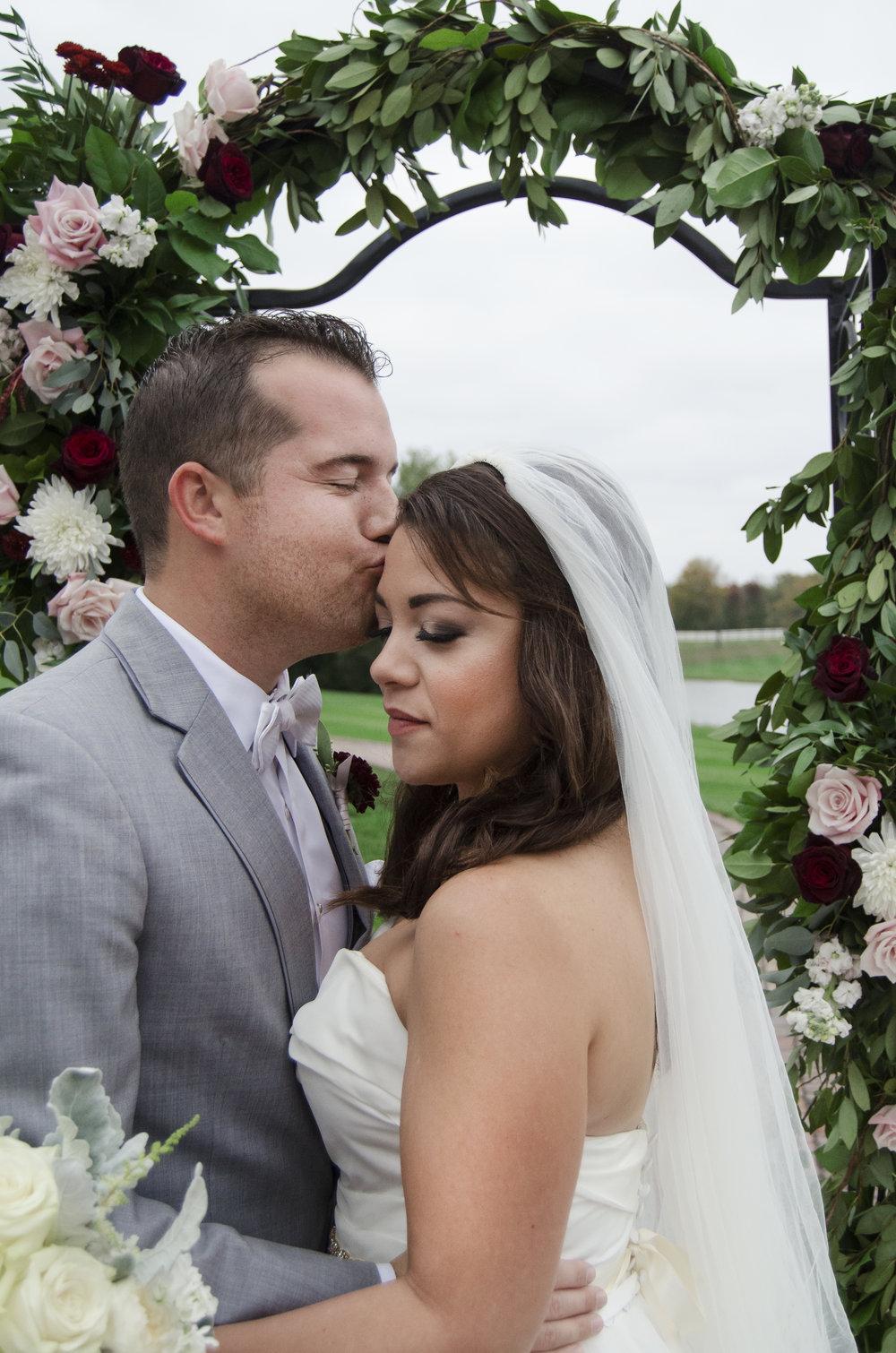 Bride and Groom_011.jpg
