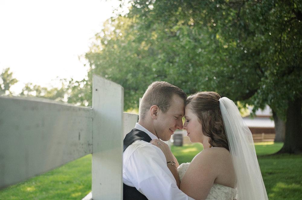 Bride and Groom_029.jpg