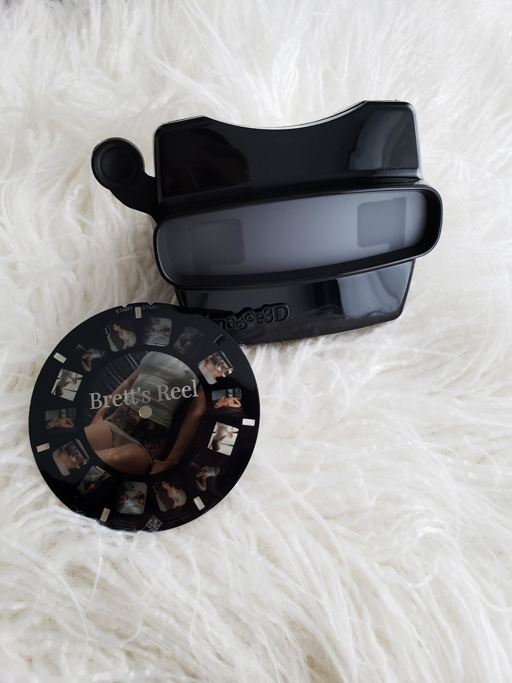 Feeling nostalgic? Our retroviewer is the perfect gift for a private viewing experience. Bonus points for those brave enough to come back and add a reel!
