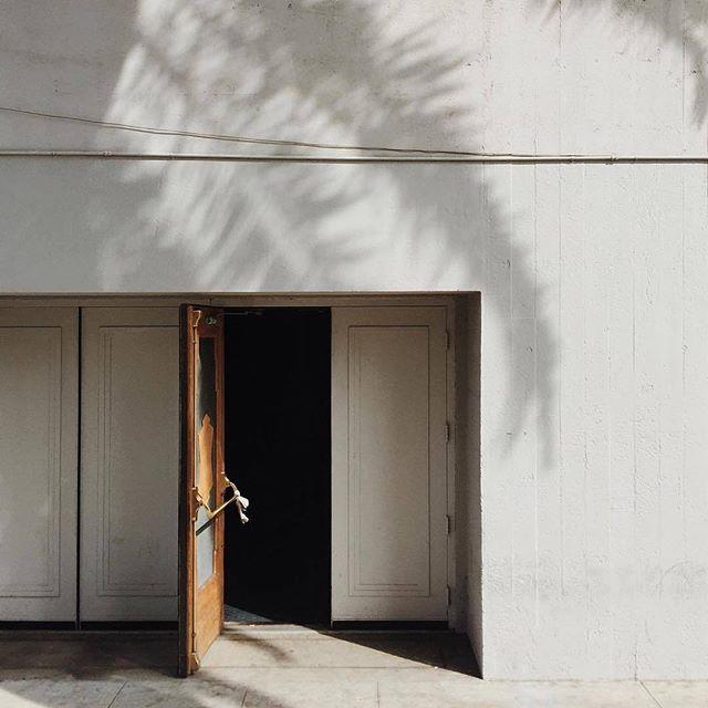 Doorways + Shadows 🌿