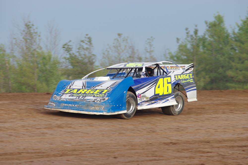 Brandon Mowat drives his No.46 Target Fabrication car during Go Nuclear Late Model Series action at Humberstone Speedway on Sunday, July 24. (Ken Kelly photo).