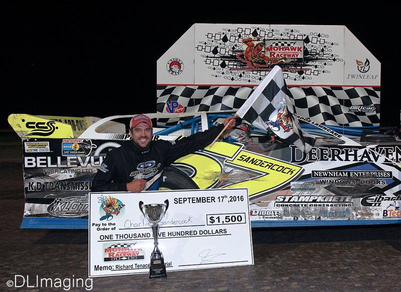 Charlie Sandercock in victory lane after winning the 4th annual Richard Tenace Memorial at the Mohawk Nationals. (Don's Imaging/Don Simpson photo).