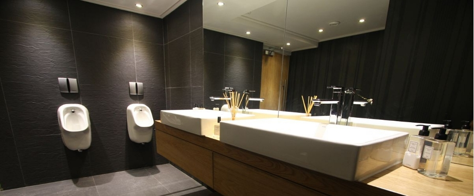 Office-Bathroom-Design2.jpg
