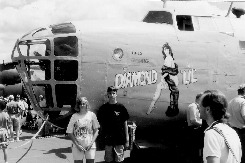LB-30B/B-24A Liberator, Confederate Air Force Danielle Jones, Evn Garrett, both grandchildren of Lt Maynard L. Jones St. Paul Air Show, August 1991