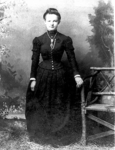 Undated photo of Laura J. Garrett