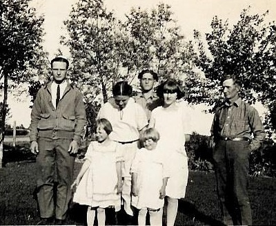 Undated family photo, probably about 1924 Back row, L-R: Edward, Elida, Clarence, Ruth and William Front row, L-R: Marian and Mildred