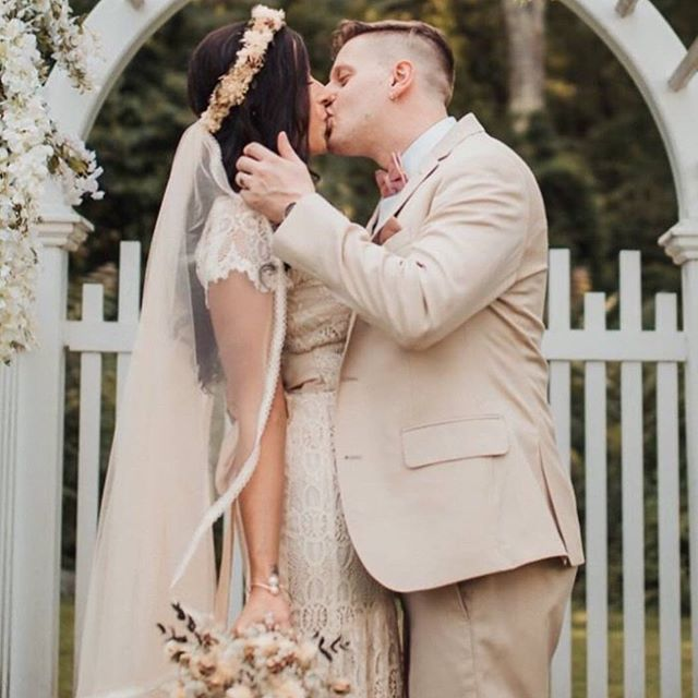 Some brides stand out by NOT wearing white. 🎊 Raquel wearing a custom veil made from the bride's own sourced tulle and lace, found to to match her beautiful champagne coloured dress dress perfectly. Sewn by Pelican Rose Bride.  Photograph by Samanta Kalliny at http://samantakalliny.com