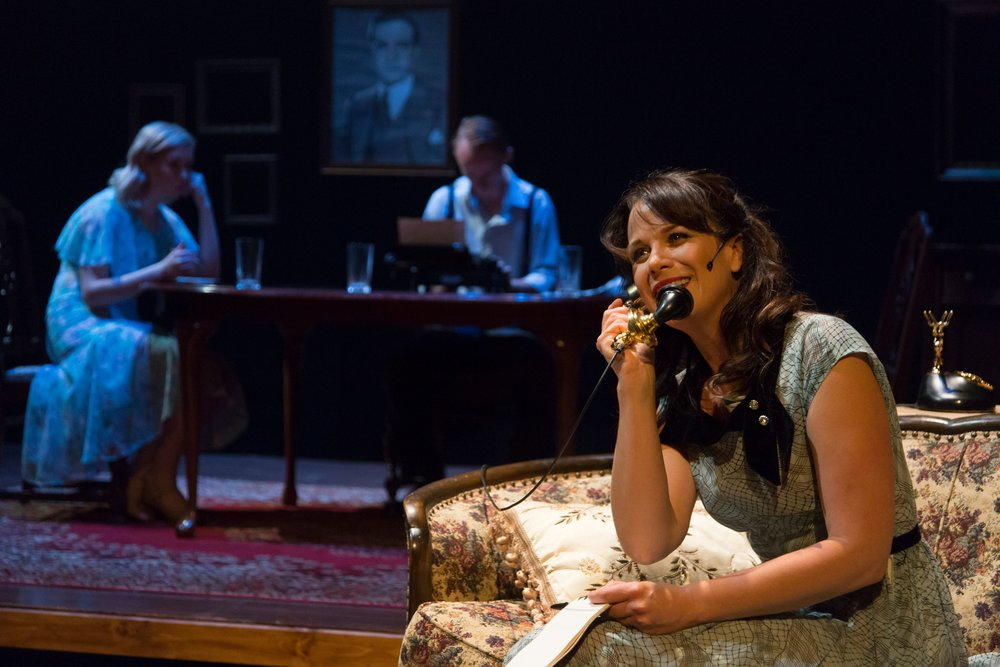 The Glass Menagerie , MSUM Theatre, Moorhead, MN -- lighting design