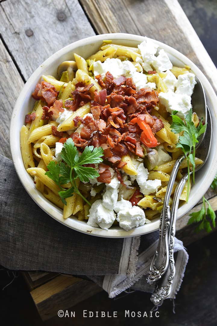 Warm-Caramelized-Leek-Pasta-Salad-with-Bacon-and-Goat-Cheese-2.jpg