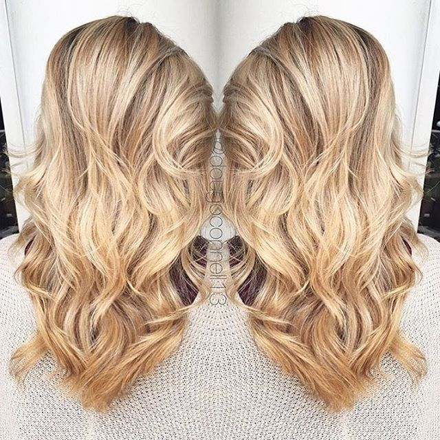 Hair by Doug @dougoconnell13 // Blondie 🌕 #hair #haircut #hairking #hairlove #hairporn #hairpost #haircolor #hairstyle #hairtip #hairbydoug #hairbrained #hairstylist #balayage #balayagecolor #ombre #ombrehair #salon5150 #brea #trim #healthy #long #beautiful #modernsalon #btcpics #behindthechair #dougoconnell #angelofcolour #hairdressermagic #americansalon ™@dougoconnell13