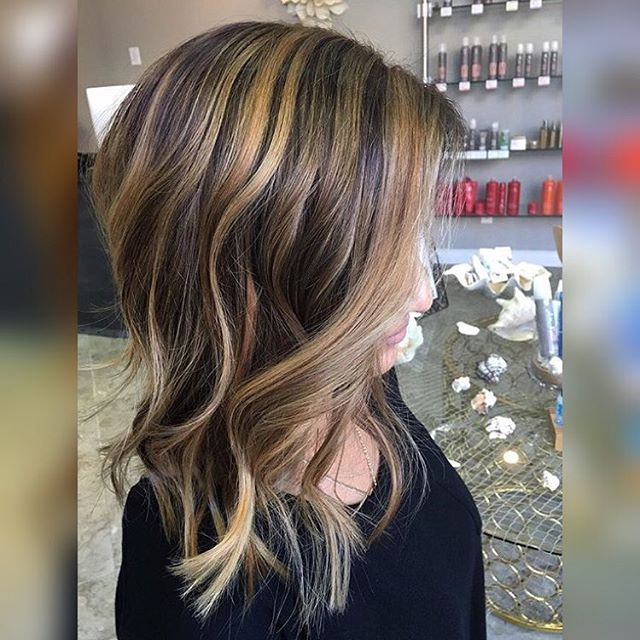 Hair by Angela O @angela_doeshair // Cut off about 8 inches!!! Lifted her bases and added high balayage highlights ✨😍👸🏼 ™@angela_doeshair #hairbyangelaroseo #balayage #balayagehighlights #sombre #hairart #colorcorrection #hairtrends #hairpainting #modernsalon #ombre #hairtrends #hairpainting #ochair #colormelt #breasalon #salon5150  #longhairdontcare #balayageombre