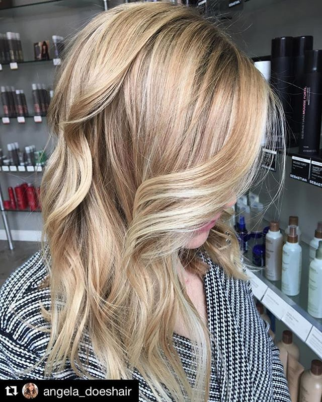 #Repost @angela_doeshair with @repostapp ・・・ Baby lights ✨💫 using @wellahairusa freelights 😍