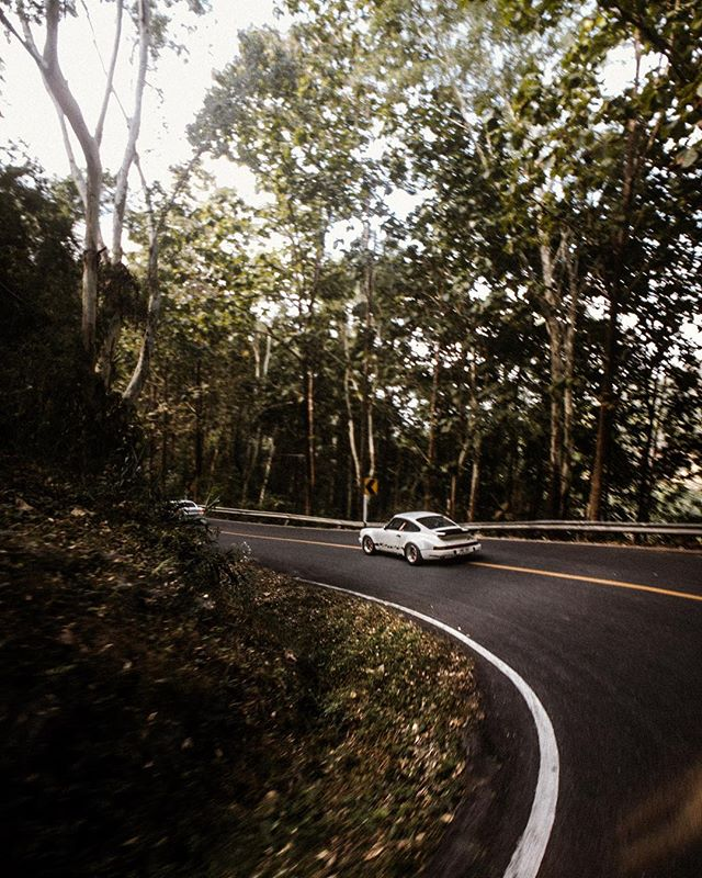 bent. // Back in dec last year I went hunting with @curvesmagazin in Thailand. We also made a couple of films and hung out with amazing people. Also, #shotoniphone #shotonmoment #momentwide @moment - because phones have gotten ridiculously good. #porschemoment #porsche @tennster & the crew. #roadtrip #thailand #aircooled #luftgekühlt