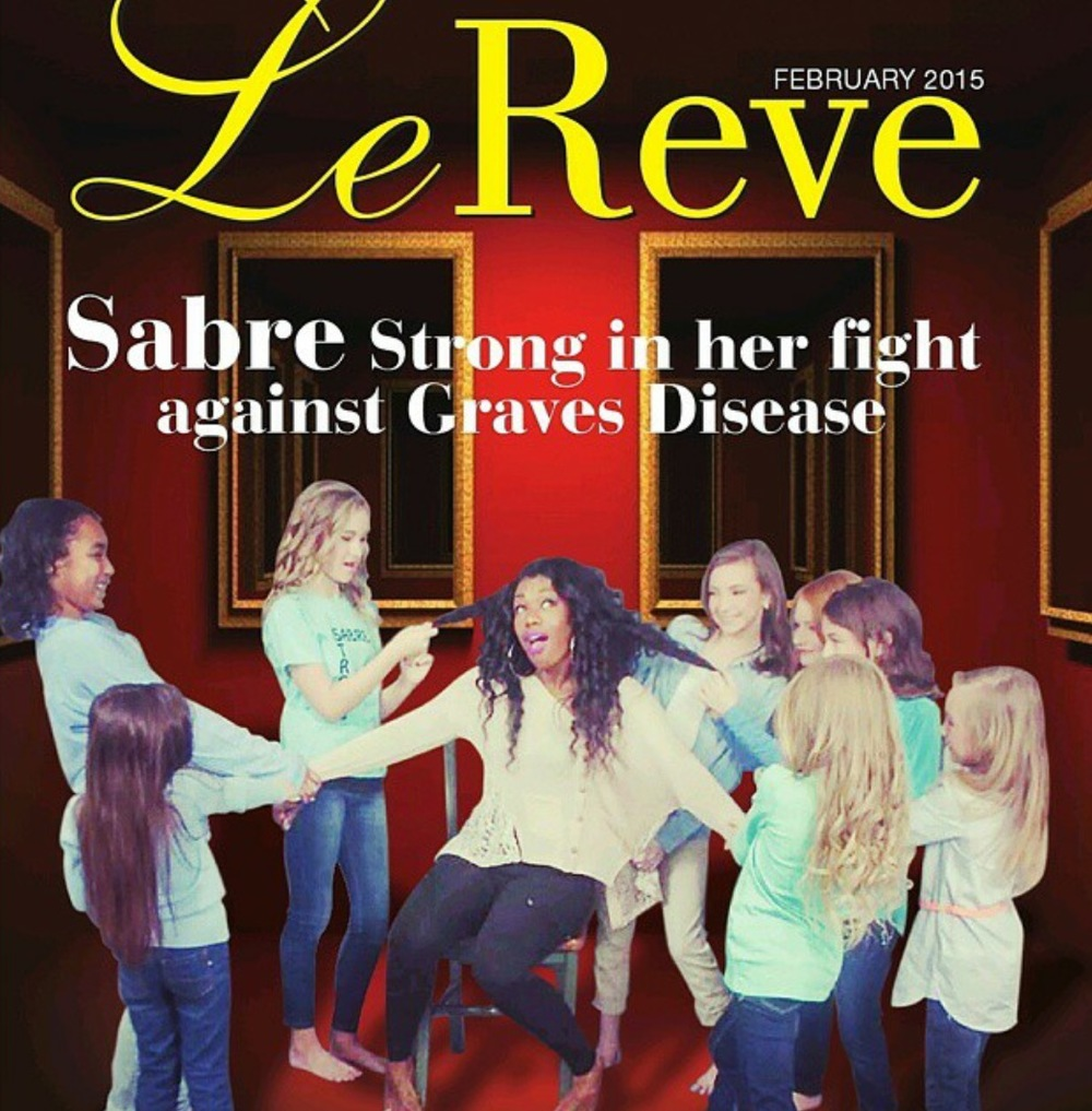 Sabre on the cover of Le Reve magazine
