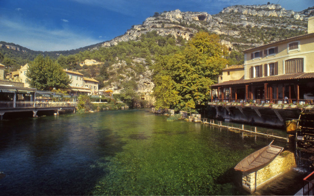 The village centre, Fontaine du Vaucluse