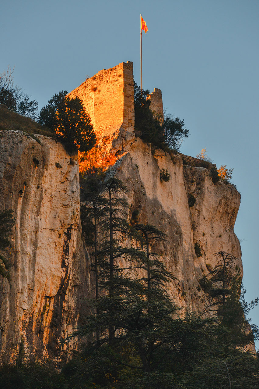The ruined castle overlooks the village of Fontaine du Vaucluse