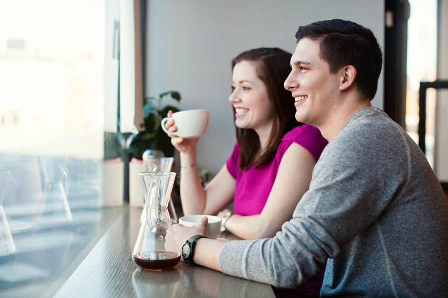 coffee-shop-engagement-005