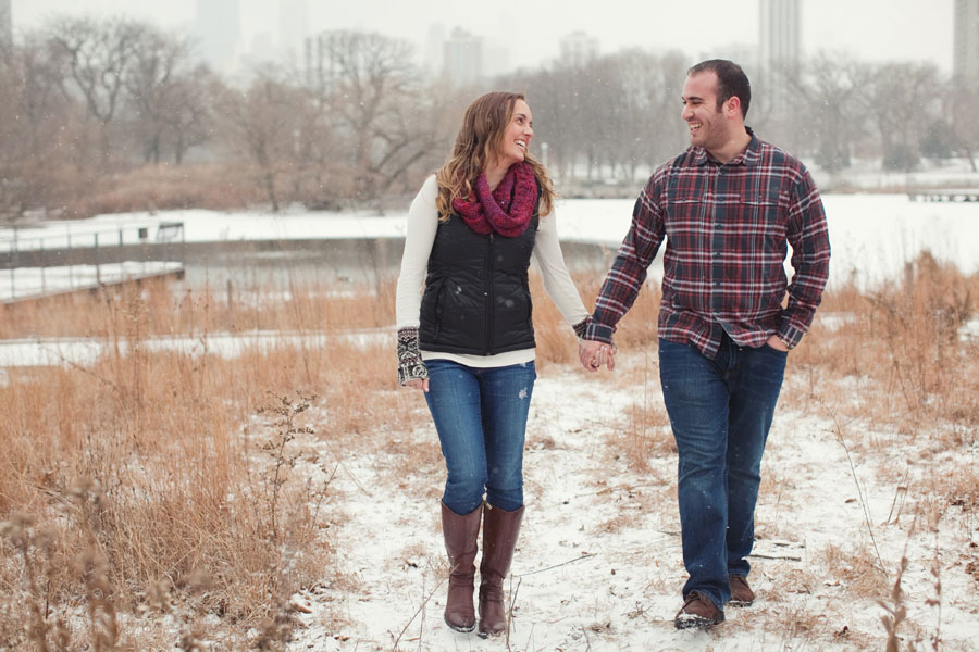 winter-chicago-engagement-photo-004