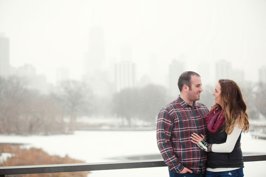 winter-chicago-engagement-photo-014