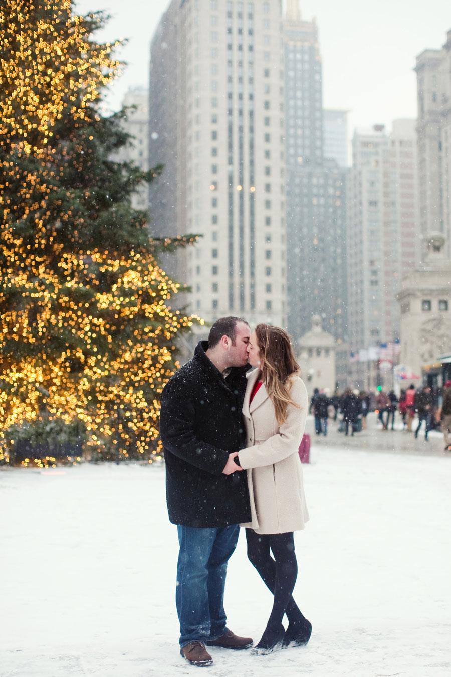 winter-chicago-engagement-photo-038