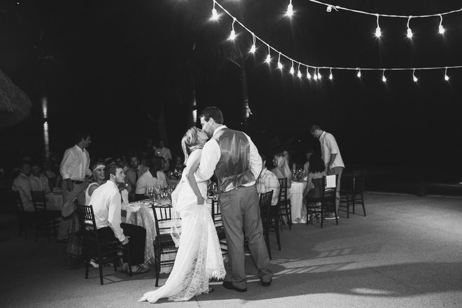 garza-blanca-resort-mexico-wedding-075