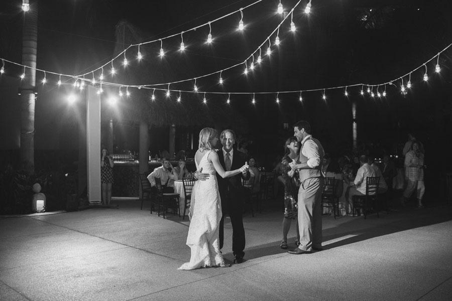 garza-blanca-resort-mexico-wedding-093