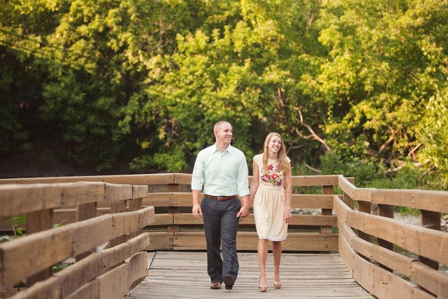 graue-mill-oak-brook-engagement-photos-010