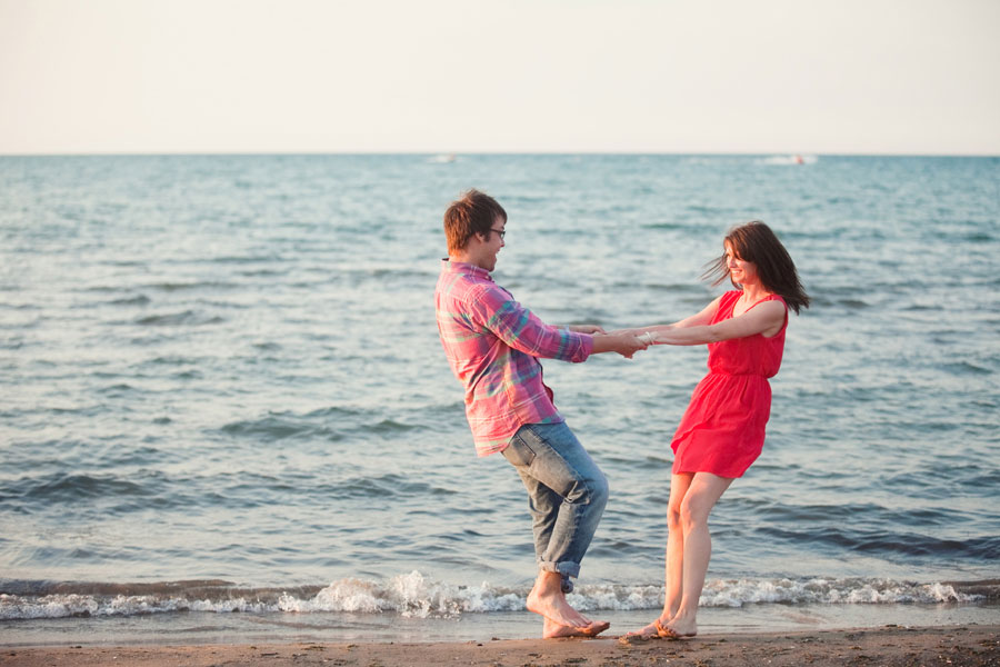 montrose-harbor-engagement-photos-021