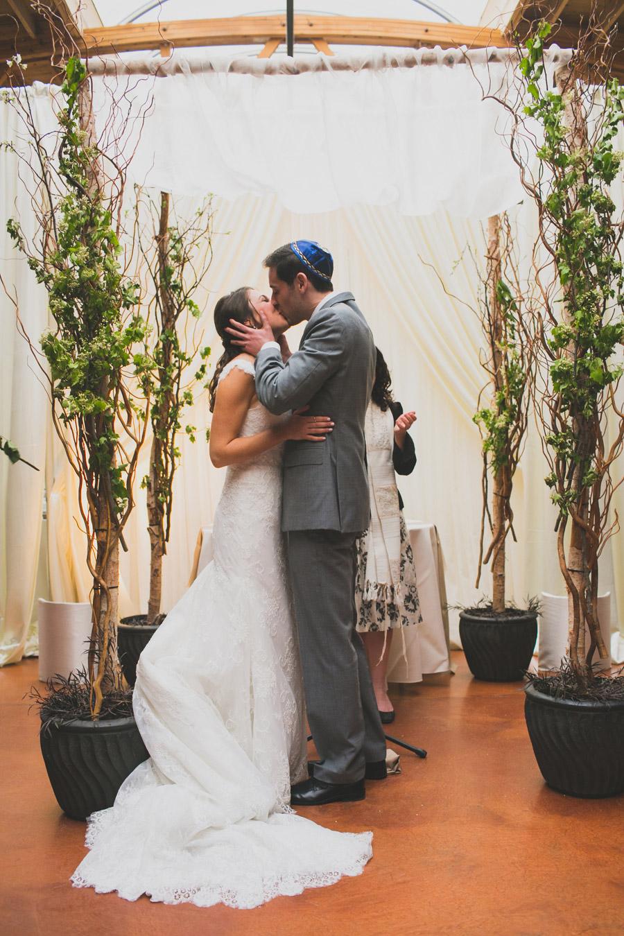 loft-on-lake-wedding-058