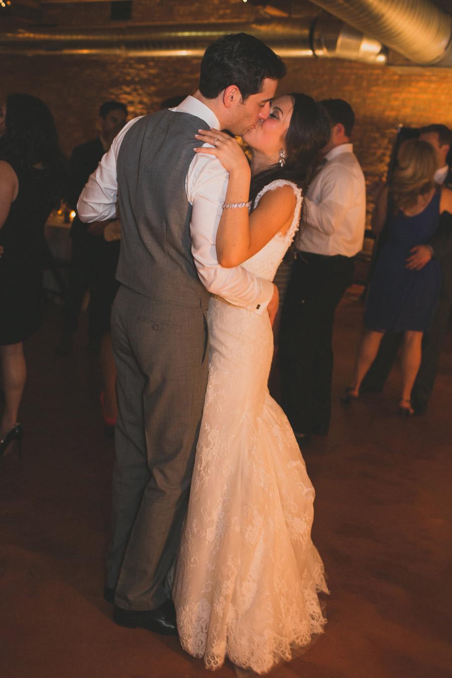loft-on-lake-wedding-071