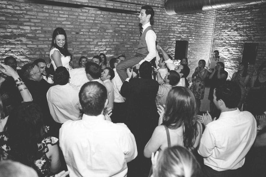 loft-on-lake-wedding-074