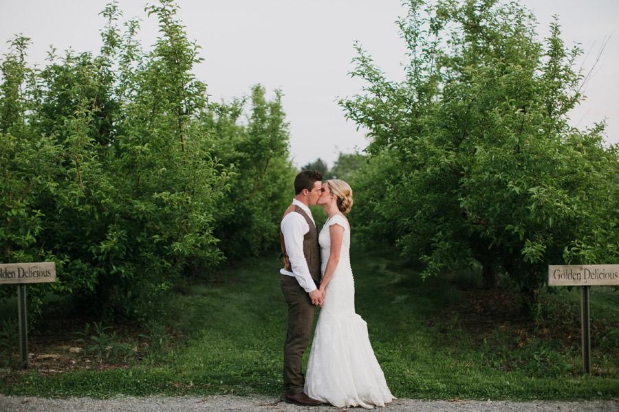 county-line-orchard-wedding-0048