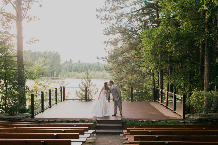 northwoods-wisconsin-wedding-discovery-center-001