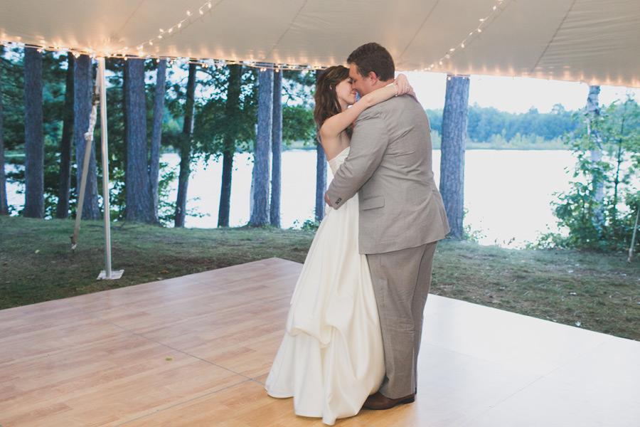 northwoods-wisconsin-wedding-discovery-center-059