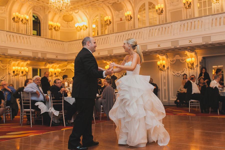 renaissance-blackstone-hotel-wedding-065