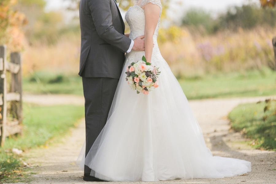 byron-colby-barn-wedding-012