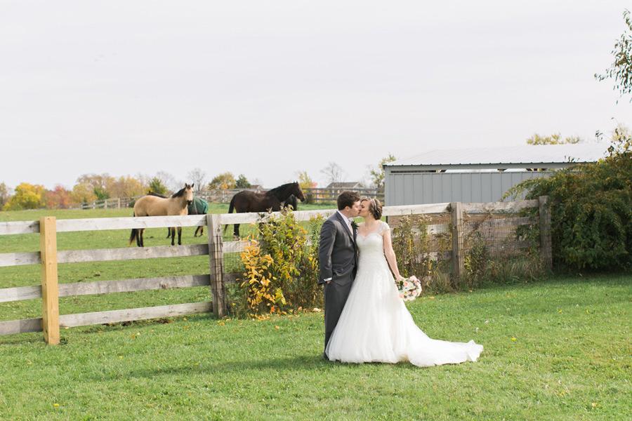 byron-colby-barn-wedding-015
