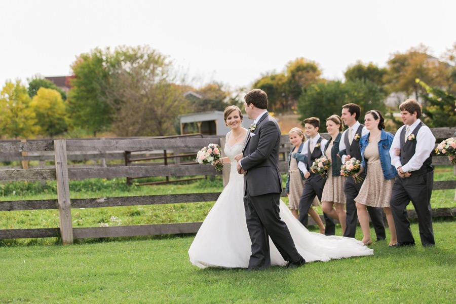 byron-colby-barn-wedding-017
