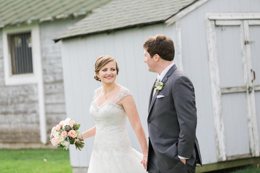 byron-colby-barn-wedding-023