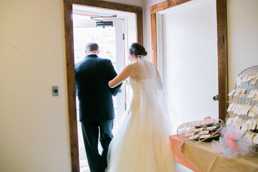 byron-colby-barn-wedding-030